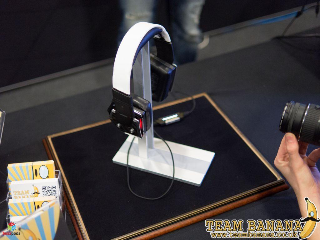 1-Cooler-Master-Pulse-R-CM-Storm-Gaming-Headset-PC-mod-hardware-BoonanaJ-Boonana-J-TeamBanana-Team-Banana-moddified-i54-multiplay-buzzpods-1024x768