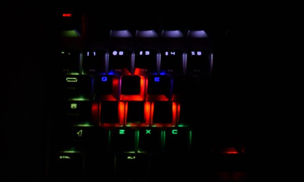 MSI-VIGOR-GK80-podswietlenie10