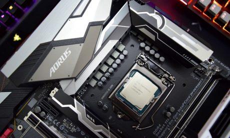 Intel Core i9-9900K ORAZ i7-9700K z Turbo 4,7-4,6 GHz na wszystkich rdzeniach?
